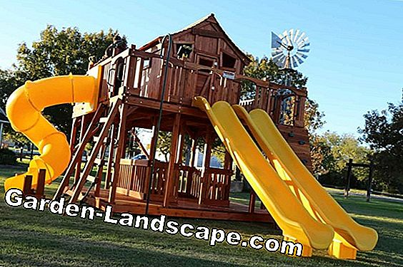 Play tower with slide and swing