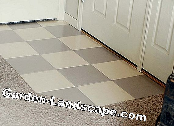 Painting floor tiles - implementing creative solutions on your own