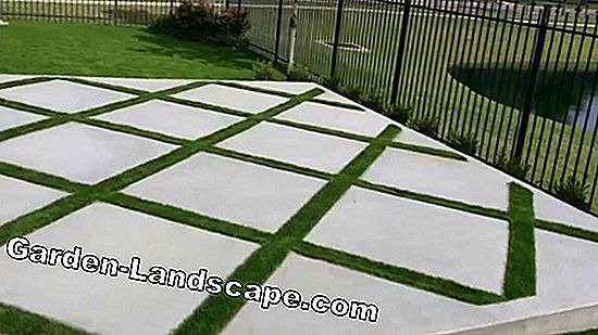 DIY lawn grid - Lay concrete grass paver blocks