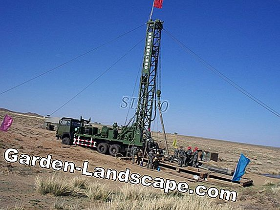 Drilling wells - a guide to well drilling