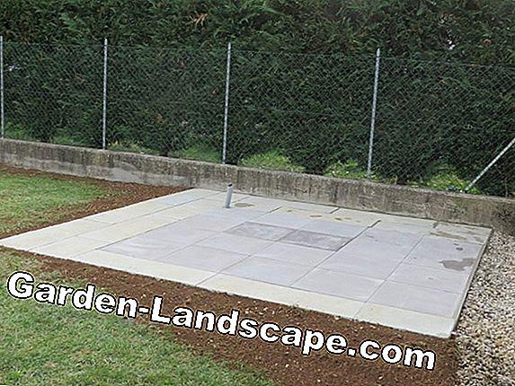 Altro istruzioni posare le piastrelle di legno nel giardino