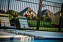 Pool childproof tips fence
